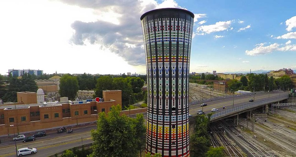 100.000 Marazzi ceramic tiles for the Torre Arcobaleno (Rainbow Tower) in Milan