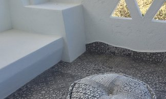 Cement and hexagon tiles for a seaside home on the Costa Smeralda