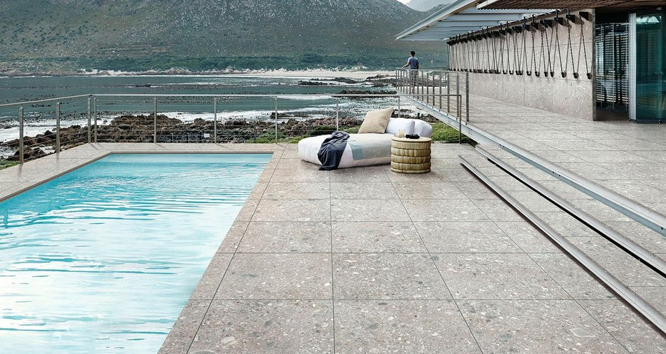 Paving a terrace with stone-effect porcelain stoneware