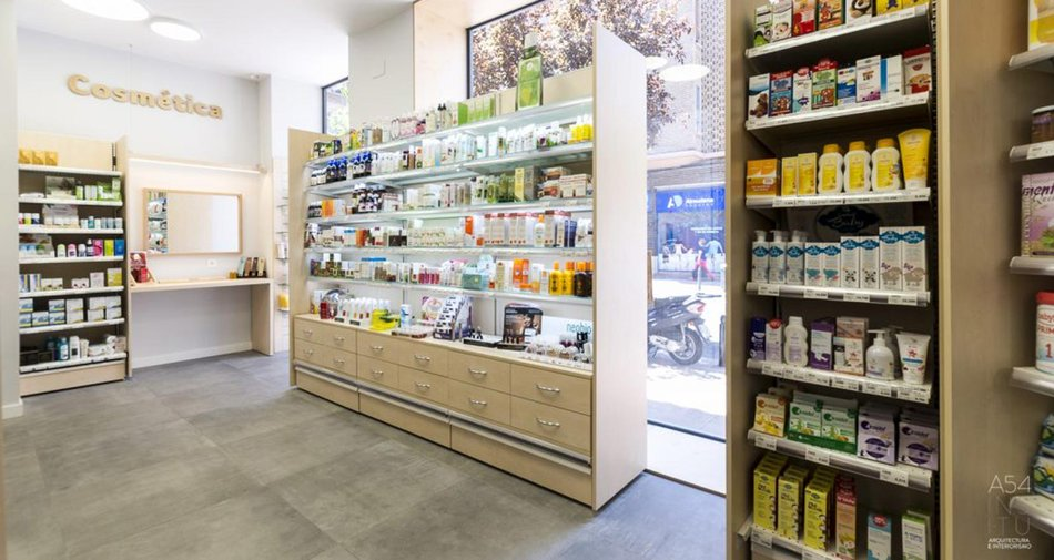 Memento concrete-look stoneware is used to renovate a herbalist's store in Zaragoza