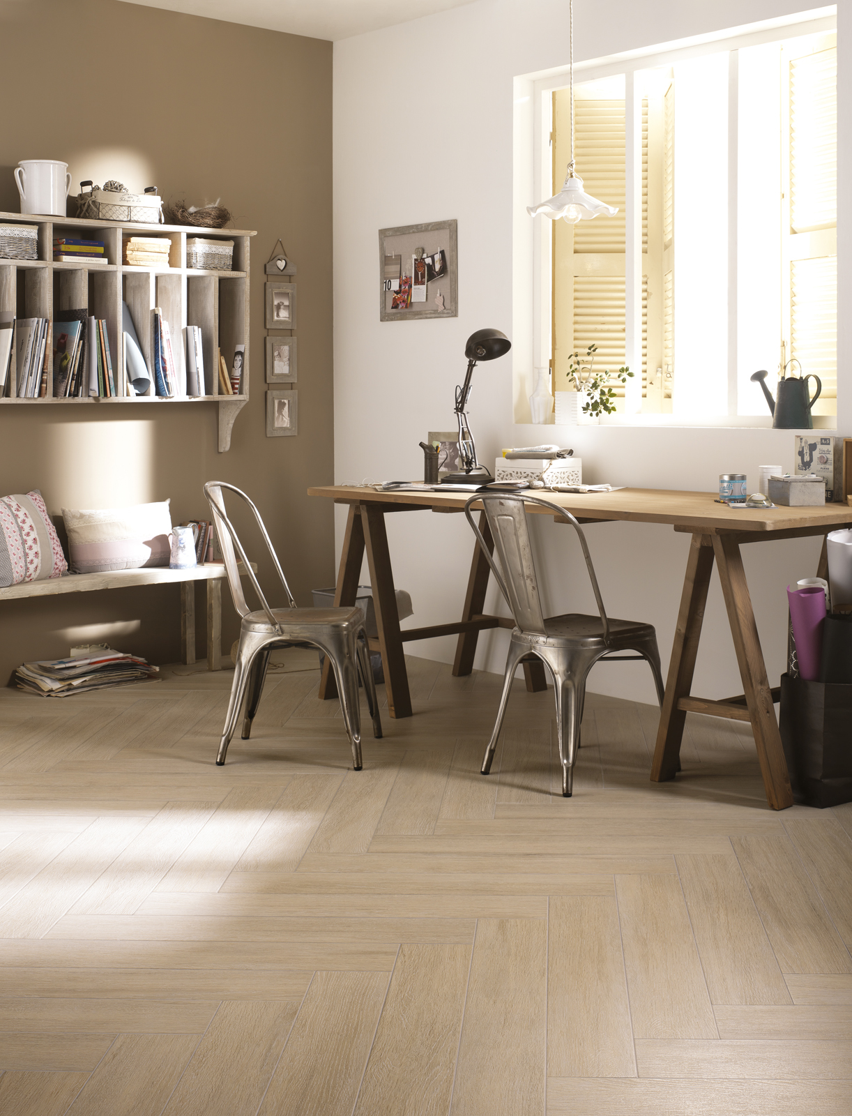 Planet wood effect stoneware marazzi for Wohnzimmer taupe